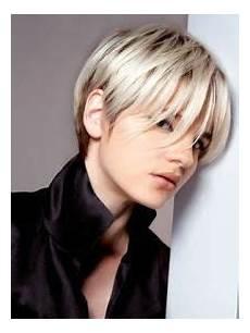 modèles de coiffures courtes 36404 coupe boule d 233 structur 233 e la coupe courte qu il vous faut journal des femmes hair