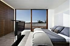 fernseher im schlafzimmer minimalistische architektur harborview laidlaw schultz