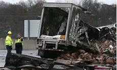 accident on highway 40 st louis today 12 hours after fatal crash all lanes reopen on highway 40 in chesterfield law and order