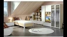 schlafzimmer einrichten mit schräge wohnzimmer mit dachschr 228 ge ideen