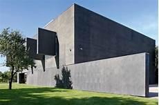 Sicherheitsschleuse Garage by Bauwelt Die Sicherste Villa Polens