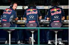 equipe formule 1 f1 poised for telemetry cldown in 2016