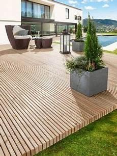 terrassengestaltung mit holz langlebige holzterrasse am st 252 ck holzterrasse garten