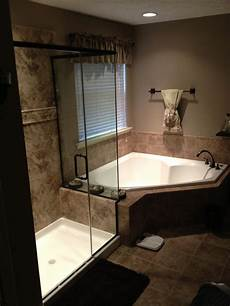 Bathroom Remodel Shower Cost by Average Cost To Remodel A Master Bathroom Bath Doctor