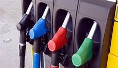 prix gasoil retrouvez les prix des carburants pr 232 s de chez vous