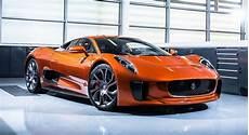 toutes les voitures bond toutes les voitures mythiques de 007 jusqu 224 spectre photos auto moto