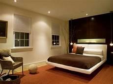Tolle Beleuchtung Im Schlafzimmer Bett Teppich Orange Sofa