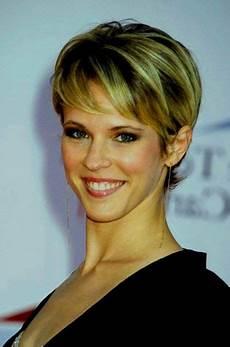 modèle coupe de cheveux femme coupe carre court degrade femme 50 ans coupe cheveux degrade