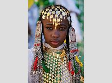 Girl from Libya. Photo by Sasi Harib   FACES  .FROM