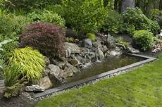 Faire Bassin De Jardin Guidelines Of How To Landscape Water Features For Home