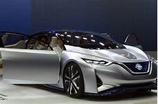 nissan autonomous car 2020 nissan speeds ahead of rivals with plans for driverless