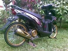 Warna Pelek Motor Keren by Modifikasi Honda Beat Fi Pelek 17 Jari Jari Warna Hitam