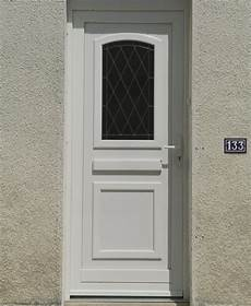 porte d entree vitree achat pas cher d une porte d entr 233 e pvc blanc vitr 233 e 224