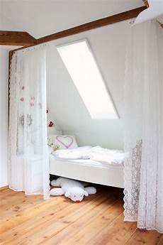 dachschräge vorhang raumteiler dachschr 228 ge vorhang raumteiler dressglider