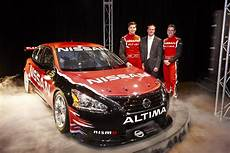 how does cars work 2013 nissan altima lane departure warning nissan takes 2013 altima v8 supercar to the track for its first shakedown carscoops