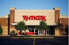 trjma76x tj maxx parent company still paying employees in
