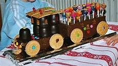 kinder geburtstags lokomotiv kuchen creadoo