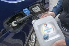 additif essence voiture ancienne adblue comment r 233 duit il les 233 missions de nox oxydes d
