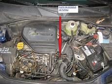 Renault Clio 2 1 9d An 1998 Fuite Liquide De