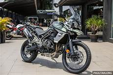 Look 2018 Triumph Tiger 800 Xcx And Xrx Adventure