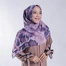 Jilbab Zoya Segi Empat Motif Voal Motif