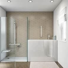 vasca da bagno con doccia bagno con vasca con porta e box doccia al mare stanza