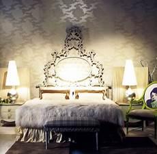 Barock Tapete Schlafzimmer - modern bedroom with baroque elements interiorholic