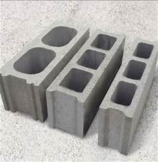 betonsteine mit loch cinder blocks concrete blocks how to use cinder blocks