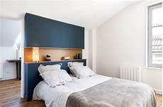 tete de lit etagere une t 234 te de lit avec 233 tag 232 re en 2019 t 234 te de lit bleu