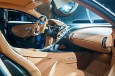 bugatti chiron interieur 2017 bugatti chiron look review resetting the
