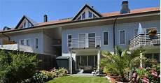 was ist ein reihenhaus reihenhaus kaufen wand an wand im eigenheim swiss