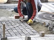 Pflastersteine Verlegen Anleitung Pdf - terrasse pflastern anleitung f 252 r heimwerker bauen de