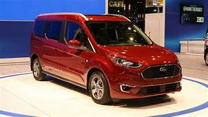 2019 Ford Transit Connect Wagon Has More Tech New Diesel