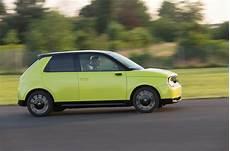 new honda 2019 uk drive drive honda e 2019 prototype autocar