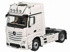 original mercedes truck actros fh 25 1 18 white nzg with