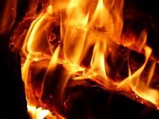 candela wiki file fuego candela carboner 237 a sevilla espa 241 a 2015 01