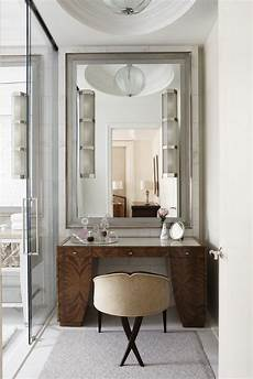 Bathroom Vanity With Dressing Table by The Beverly Hotel Apartamento