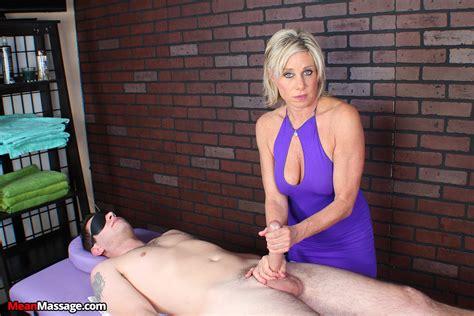 Sasha Hall Massage