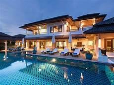 piscine de luxe luxury 6 bedroom pool villa with scenic views in exclusive