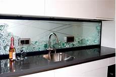 bilder aus glas k 252 chenr 252 ckwand projekte jostmann glasmalerei