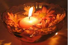 romantik kerzen und flower candles stock photo image of relax relaxation