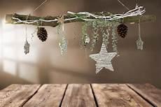 creatina ast aus buchenholz winterlich in silber