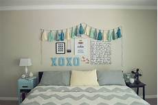 Bedroom Ideas Cheap And Easy by Pocketful Of Pretty Cheap Easy Bedroom Wall