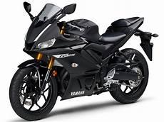 Modifikasi R25 2019 by Pilihan Warna Baru Yamaha R25 Merah Dan Hitam Doff Dirilis