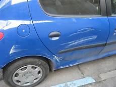 voiture abimée sur parking quels crit 232 res retenir au moment de trouver un parking prendsmaplace