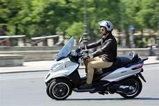 meilleur maxi scooter scooter 3 roues le guide actualit 233 s maxiscooter par