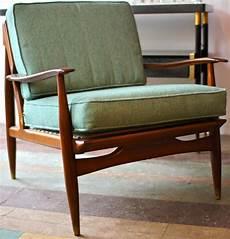stuhl mit fell eames stuhl fell lounge chair ottoman vitra stuhl vitra