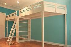 hochbett mit schreibtisch für erwachsene hochbetten hochetagen made in berlin hochbett berlin