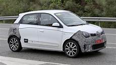 2019 Renault Twingo Facelift Spied Up