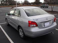 sell used 2007 toyota yaris sedan silver 72k miles in
